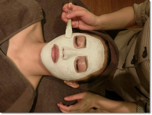 美容院洗脸步骤和手法